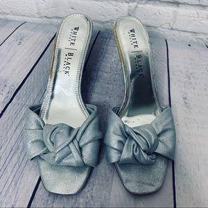 WHBM SZ 10 Silver Sandal/Slipper Kitten Heel